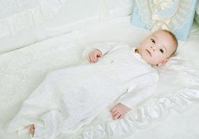 864318ce4efb Как одеть ребенка на крестины и что нужно знать родителям об обряде ...